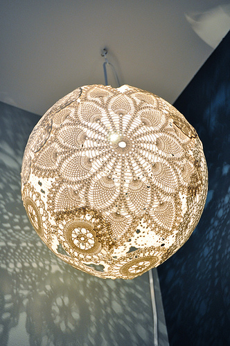 doily diy lamp